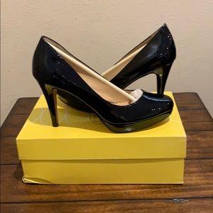Shoes - BNIB Circa Joan & David Pearly Patent Leather pump